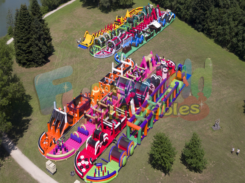 Largest inflatable obstacle course backyard bounce house biggest inflatable game