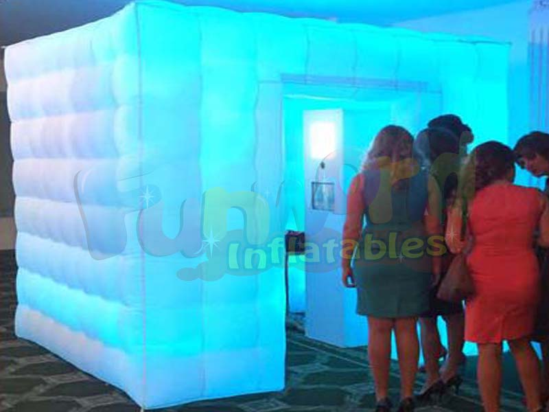 China lighting inflatable super hero photo booth inflatable gold booth