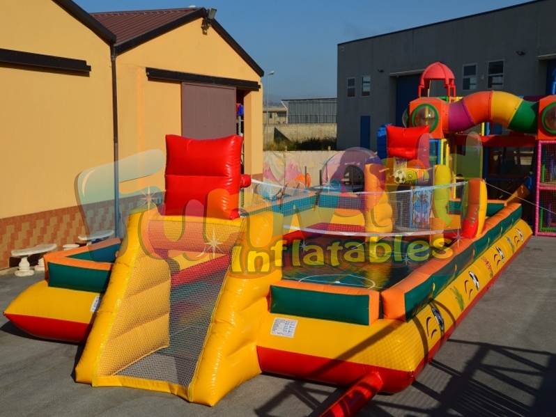 Kids basketball pitch area inflatable outdoor games indoor football field for sale