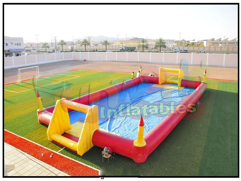 Large inflatable football pitch soapy football inflatable sports pitch