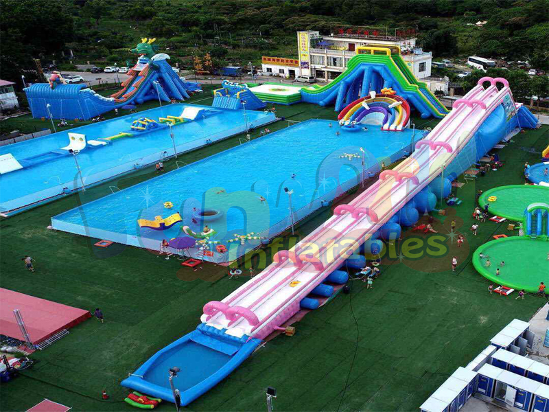 Giant inflatable water park floating obstacle courses inflatable island